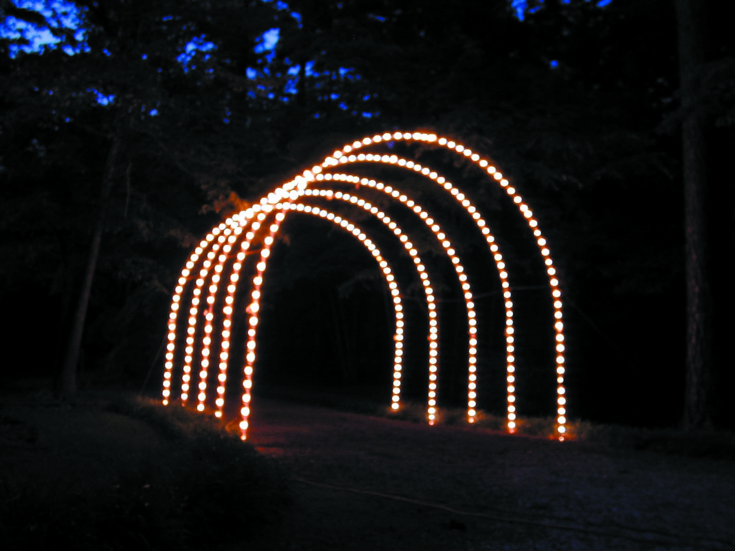 Commercial lighted arches for drive thru parks and city for Arches decoration